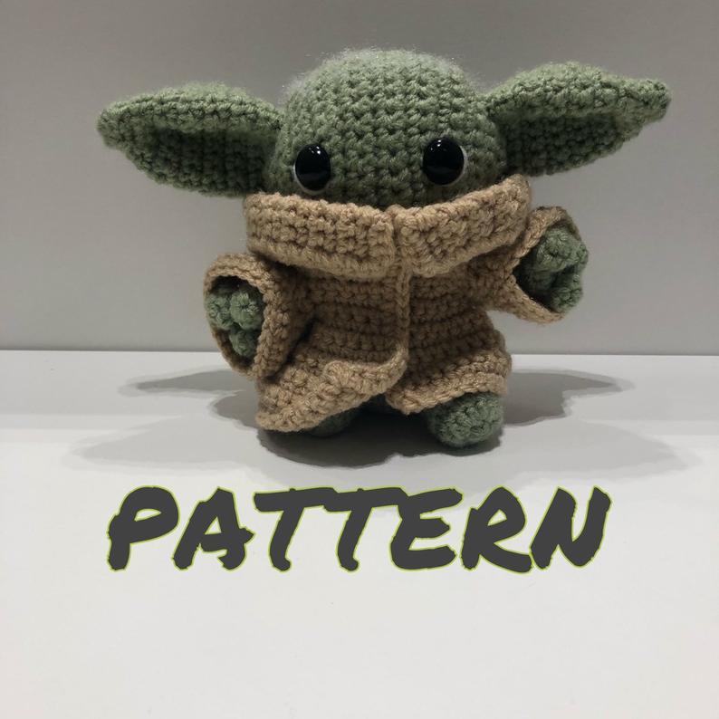 Yodaling plush baby yoda CROCHET PATTERN in 2020   Crochet ...