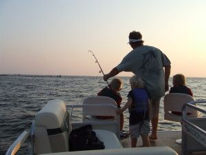 4 Ways To Get Your Florida Fishing License In Destin Destin Vacation Boat Rentals Travel Fun Boat Rental Destin