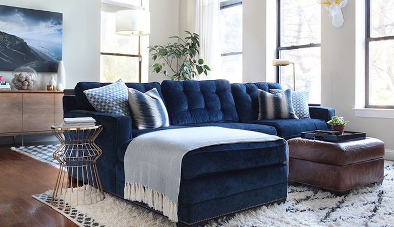 blue velvet couch sofa blauwe fluwelen bank velours ...