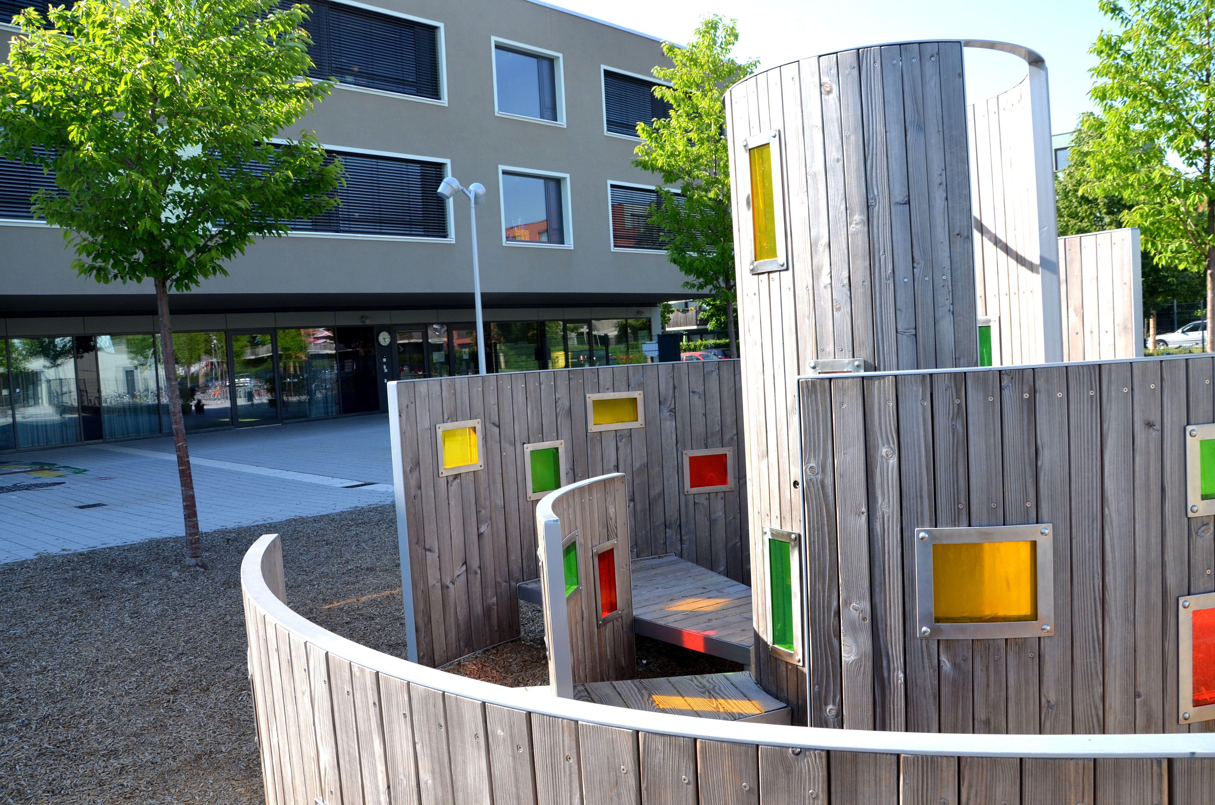 Kinderland Emsland Spielgeräte: Lichtlabyrinth, Potsdam