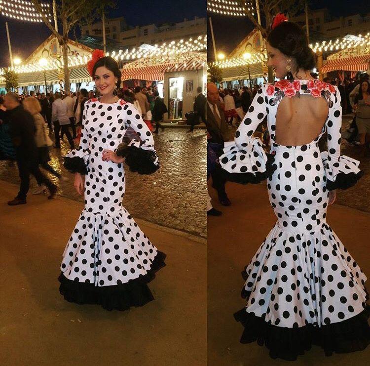 Trajes de flamenca blanco y negro
