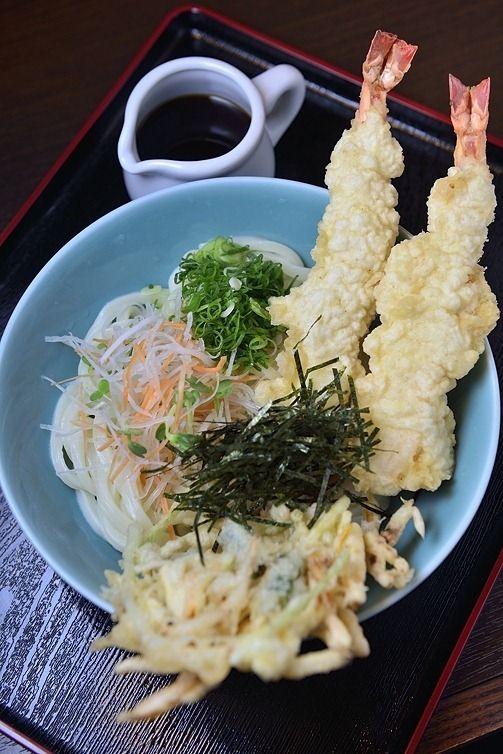 Cold Udon Noodles with Tempura   KoreaJapan
