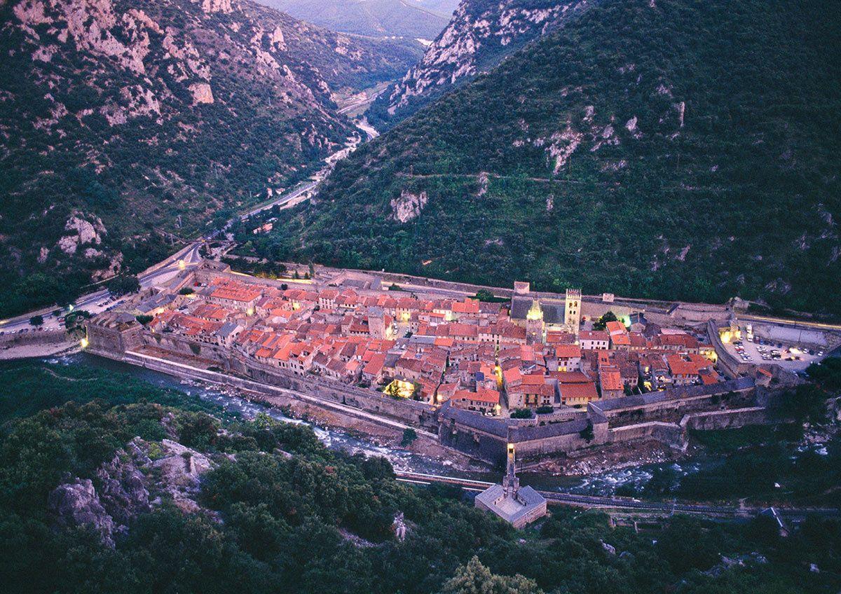 Los Pueblos Más Bellos Al Otro Lado De Los Pirineos Viajes A Francia Lugares De Fantasía Pirineos