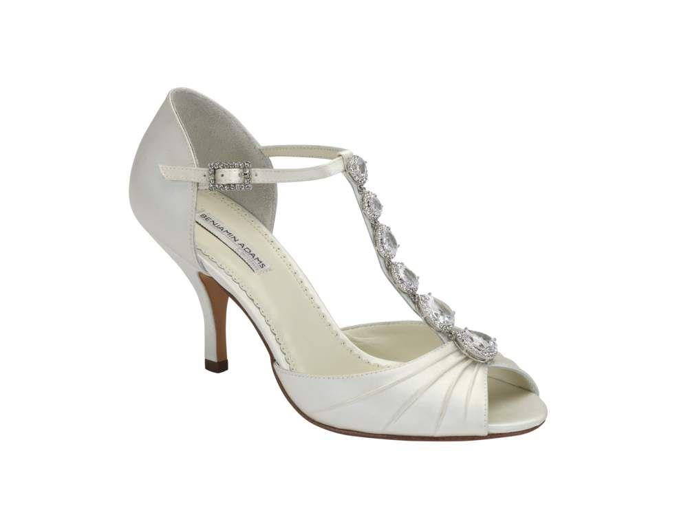 Bruidsschoenen, online bestellen, Trouwschoenen, Bruiloft, Trouwdag, Bruispump, Stiletto, Strass, Ballerina, Weddingshoes, www.sayyestothedress.nl