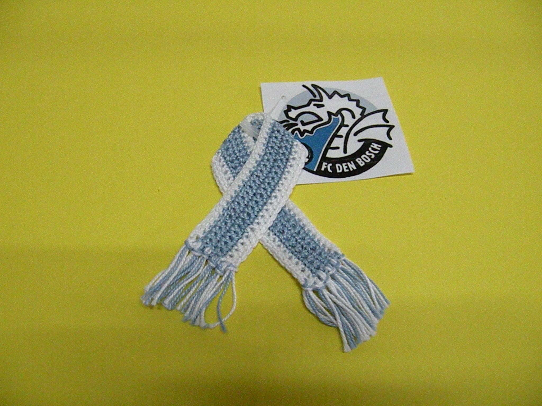 Voetbalsjaaltje Miniatuur Gehaakt Voetbal Pinterest Voetbal En