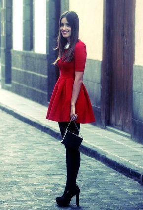 Vestido Rojo Medias Negras Moda Para Mujer Outfits