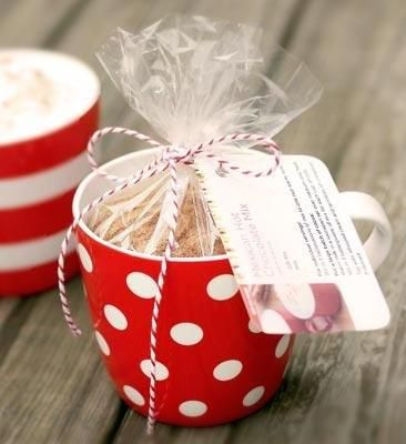 Mexican Hot Chocolate Gift Mix w/ printable recipe label ...packaged in a coffee mug for a creative gift idea