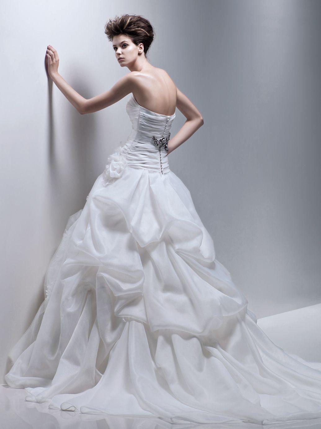 Wedding dress runaway bride  Enzoani Ferryn Front View with Inner Dress  Wedding Stuff