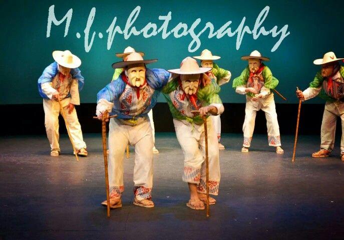 """Los Viejitos "" Michoacan Indijena  #dance #mexicandance #balletfolklorico #folklorico #soymexicolindo #beauty #passion"