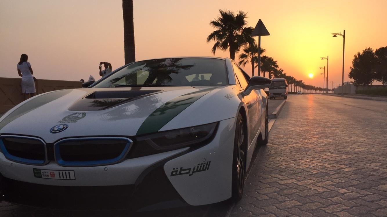 Dubai S Bmw I8 Police Car 1400x750 See Http Www Classybro Com