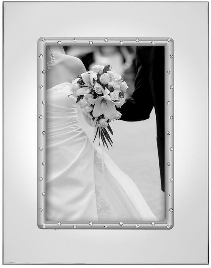 Sparkling rhinestones set in polished silver plate for your most cherished photos