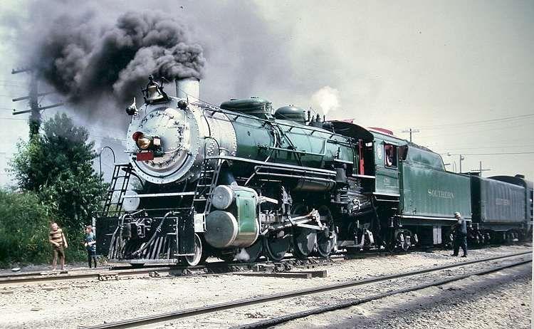 Southern Railway 4501 Southern Railways Steam Trains Train Rides
