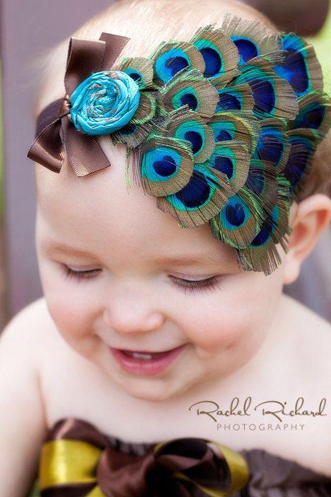 Gorgeous Peacock headband! @Alma Torres Almodovar mami mira que lindo! Para Mimi  :)
