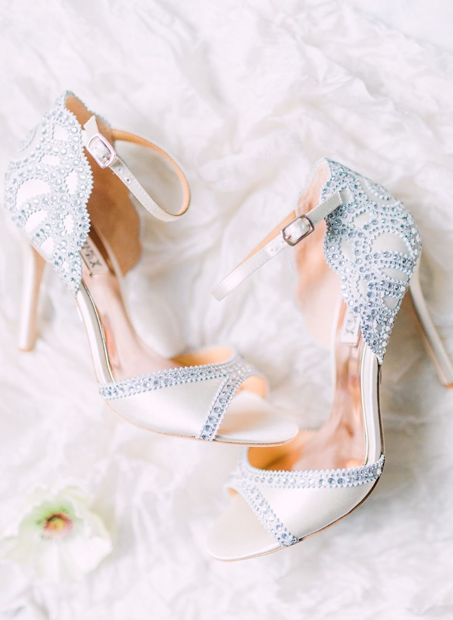 A Glam Ballroom Wedding In Alabama With Pops Of Gold And Pink Beautiful Wedding Shoes Wedding Shoes Wedding Shoes High Heels