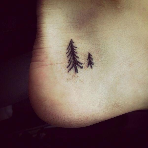 42 Mind Blowing Koi Tattoo Designs Examples: Cute Foot Tattoo #Sleevetattoos