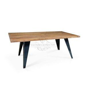 Tavolo in legno massello realizzato a mano. Il tavolo è realizzabile ...