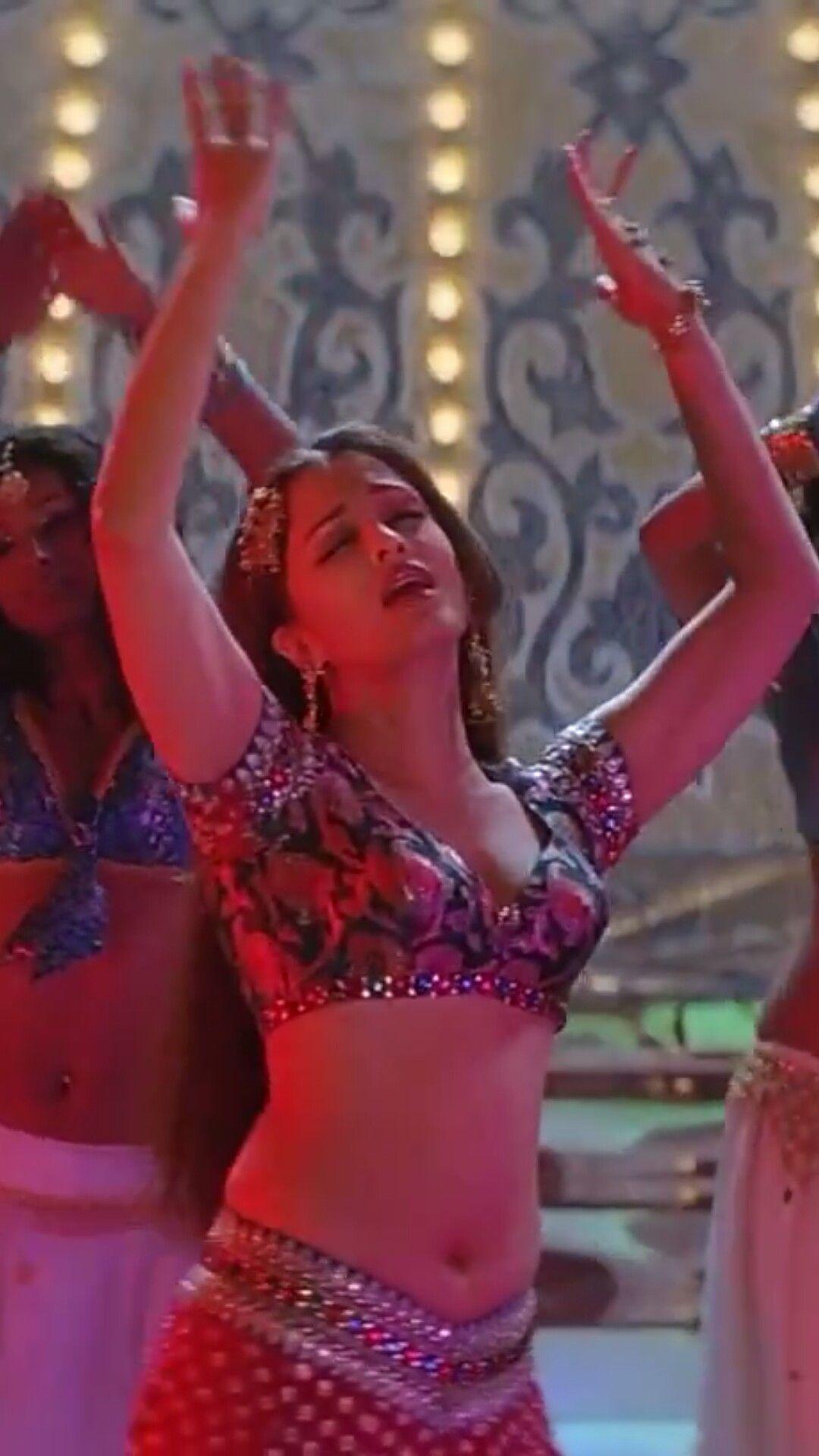 Aishwarya Rai Bachchan Hot Bikni Boobs Bra Picture Ash In 2019-6191