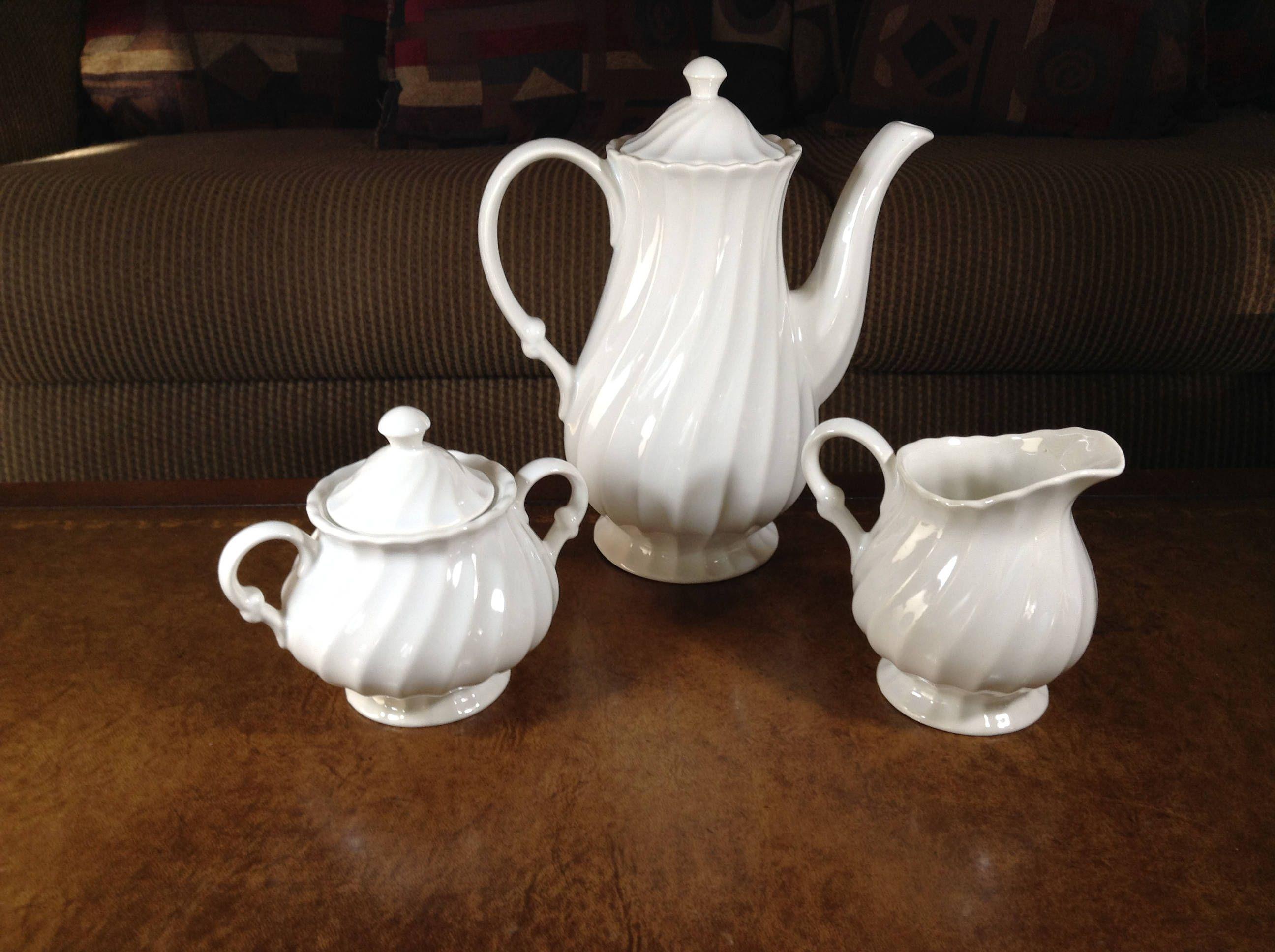 Sheffield Earthenware USA Bone White All Ivory Coffee/Tea