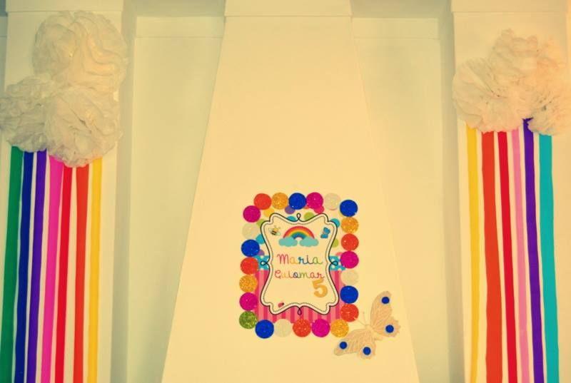 Festa de aniversário; Tema o arco íris - Decoração de parede (2014)