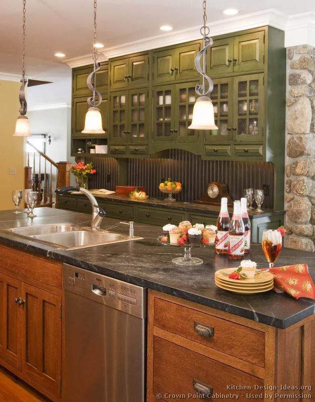 Pictures Of Kitchens Traditional Two Tone Kitchen Cabinets Page 5 Craftsman Kitchen Green Kitchen Cabinets Kitchen Design