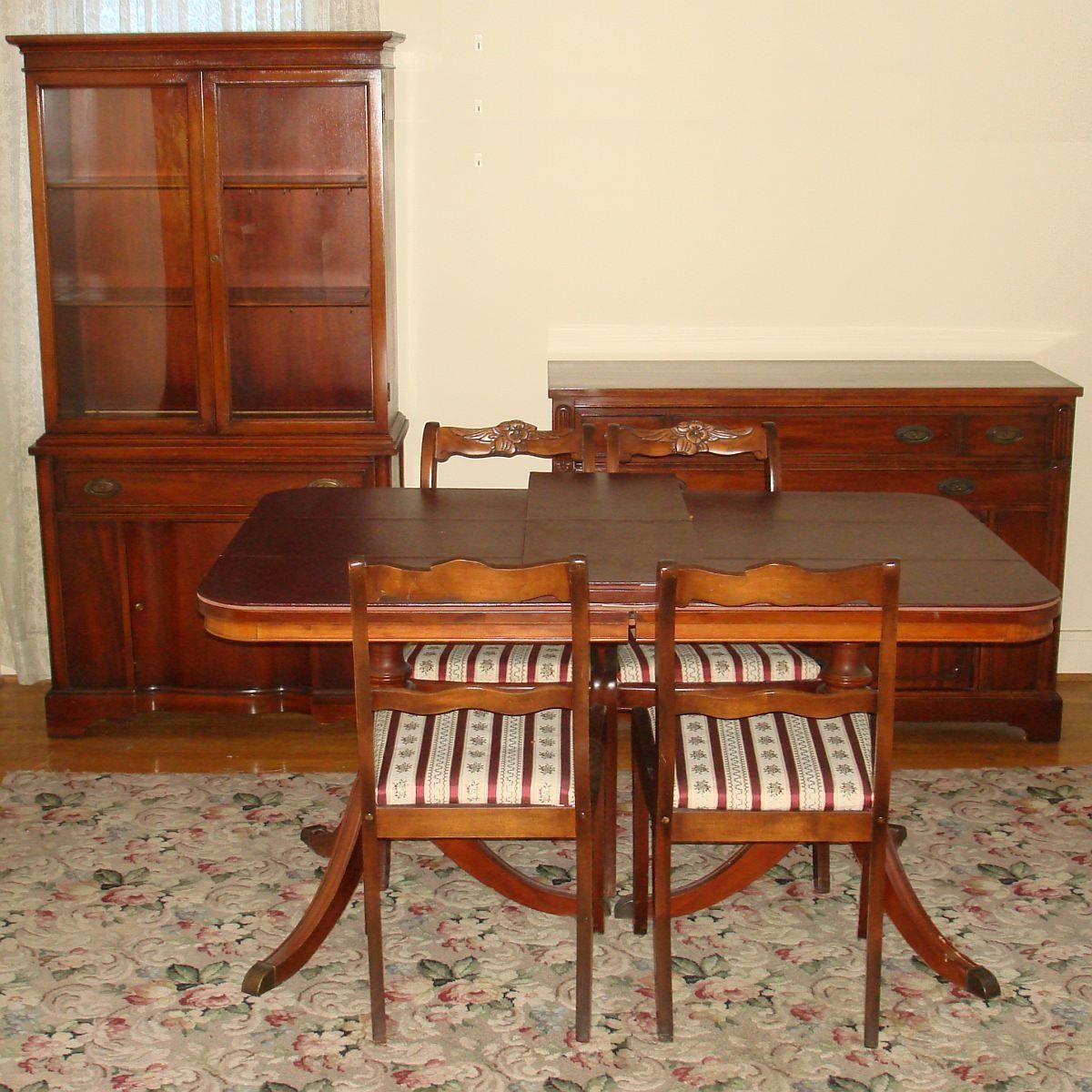 Vintage Bernhardt Dining Room Furniture