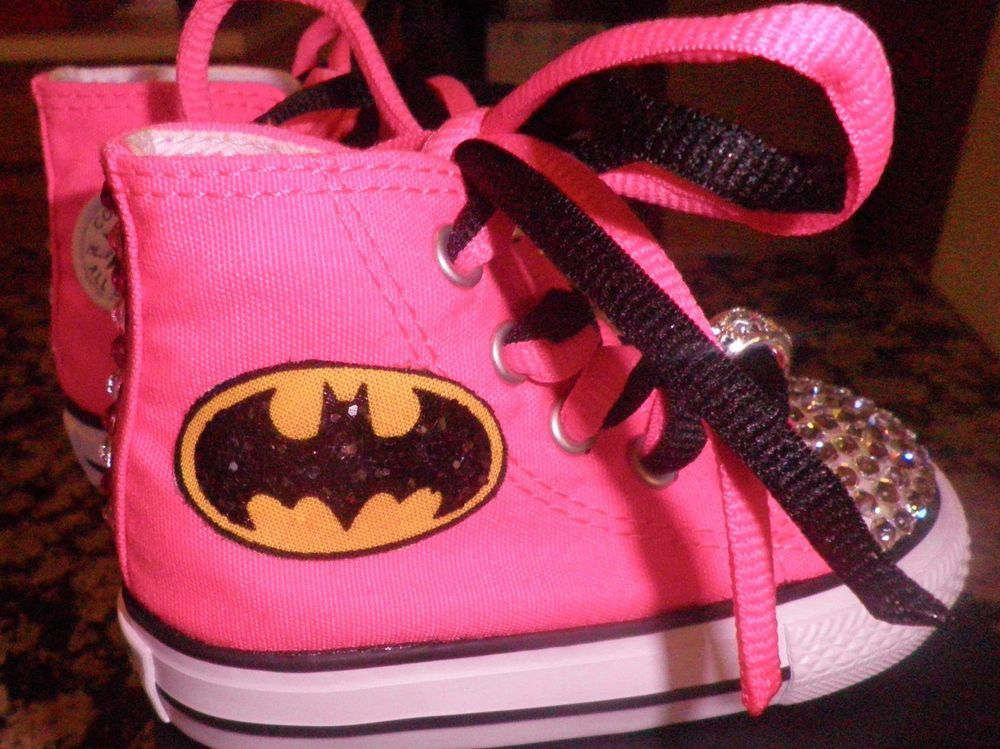 e8b347d1c46d BATMAN BATGIRL CUSTOM CHUCK TAYLOR CONVERSE SIZES 2-9 INFANT TODDLER   Converse