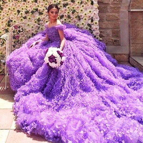 Royal Trian Bridal Dresses Luxury Flowers Atapless Wedding Dress Purple Removable Sleeve
