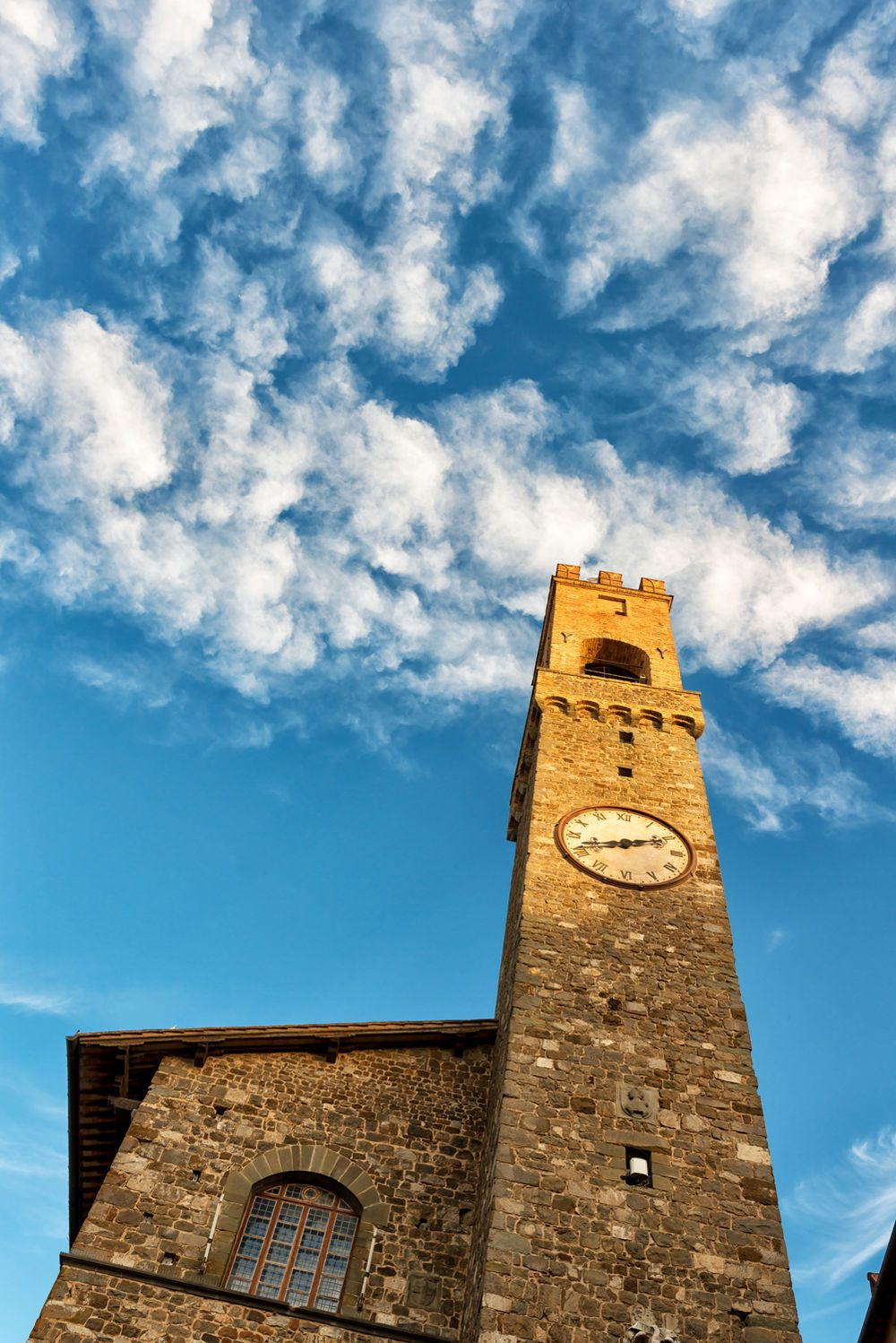 Montalcino, Toscane, (by Alessandro Schwed)