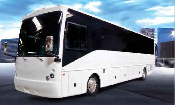 We Offer The Best Bus Rentals Services In The Entire New York City Metro Area Let Us Help Handle Your Queenspartybus Rentals S Party Bus Party Bus Rental Nyc