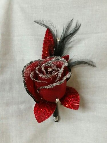 Bling Bling Boutonniere,  design by Denna Gundrum.