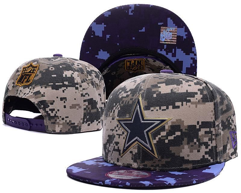 59f86b5375c Mens Dallas Cowboys New Era NFL Liquid Chrome Team Logo Digital Camo 9fifty  Fashion Snapback Cap - Woodland   Navy