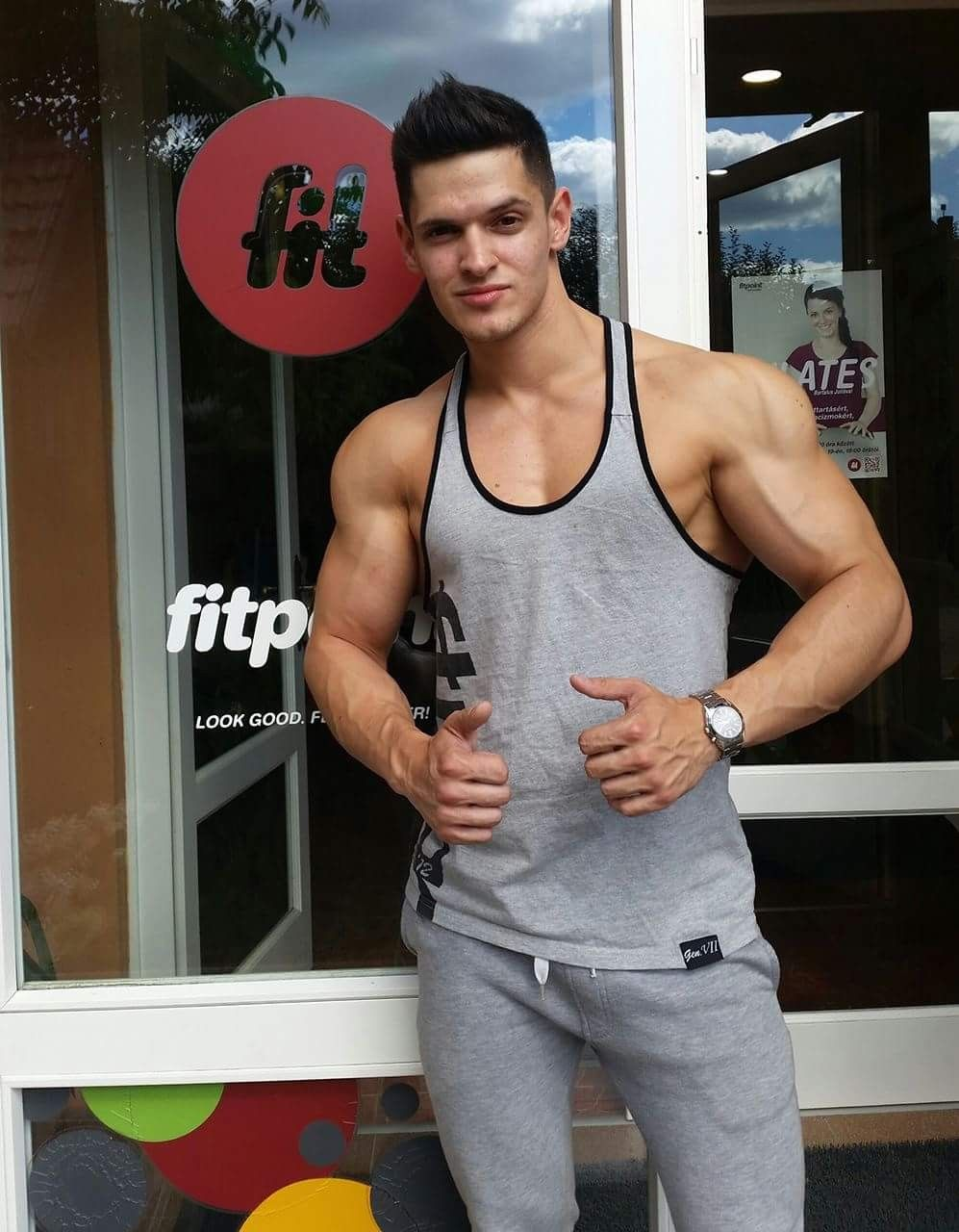 Hunk in delicious action