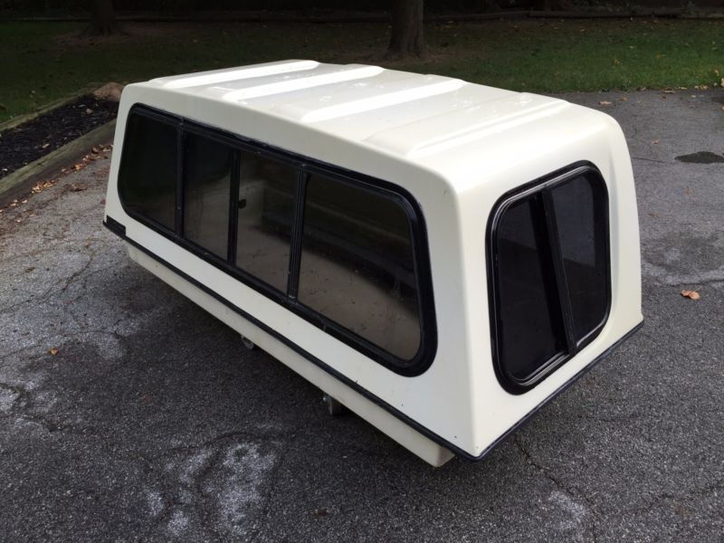 I wonder where could i find one of these sleeper camper shells and i wonder where could i find one of these sleeper camper shells and could we still install this and still pull the fifth wheel at the same time fandeluxe Images