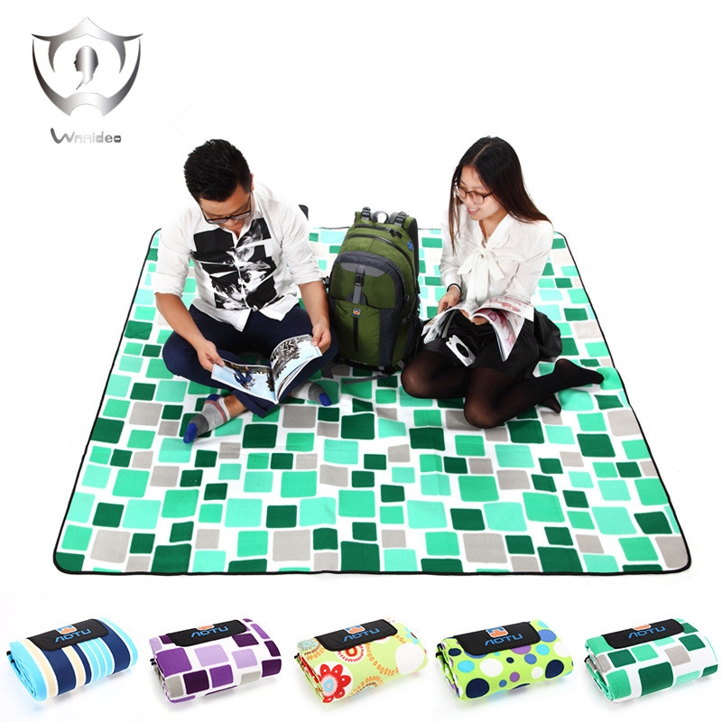 64.00$  Buy here - http://alieb4.shopchina.info/go.php?t=32810892697 -  Wnnideo Waterproof and Sandproof Beach Blanket 200CM*200CM Camping Mat  Handy Mat with Strap  #buymethat