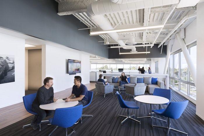Mazda Offices Irvine Office Snapshots Office Design Building Design Design