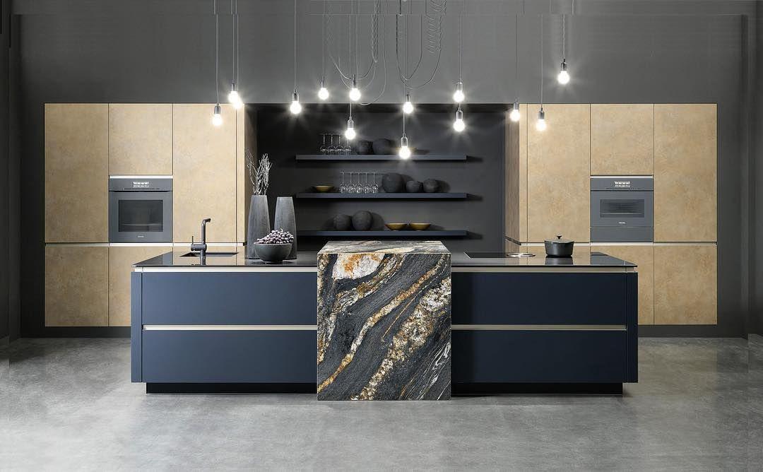 Symmetry Gold Indigo New Colours From Rational Indigo Supermatt And Gold Melamine Openhauskitchens Decoration Interieure Cuisine Cuisine Contemporaine