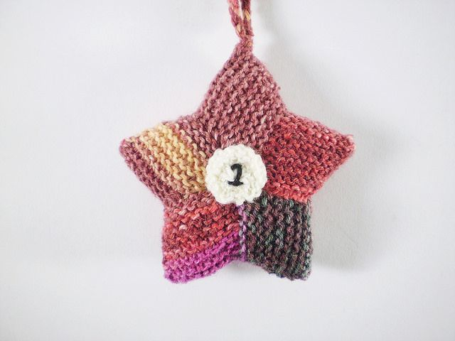 Ravelry: Advent Stars pattern by Frankie Brown