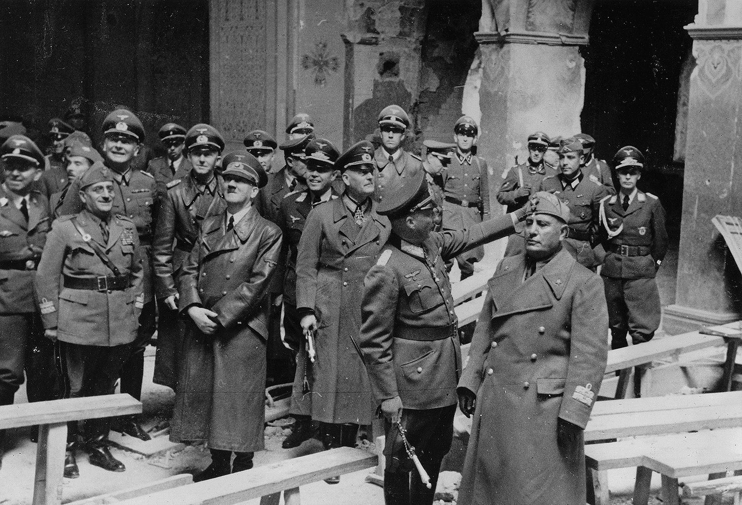 Hitler And Mussolini With Their Retinues Visit What Looks Like A Ruined Church In Brest 1941 Mussolini Is Visibly Disinterested In Big E S History Pinte