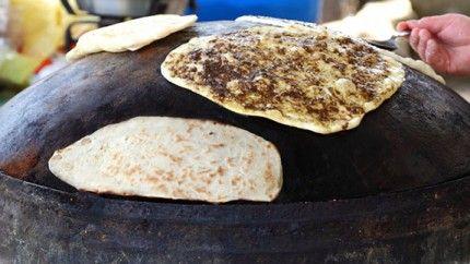 طريقة عمل خبز الصاج الخفيف بالصور Recipe Recipes Food Cooking Recipes