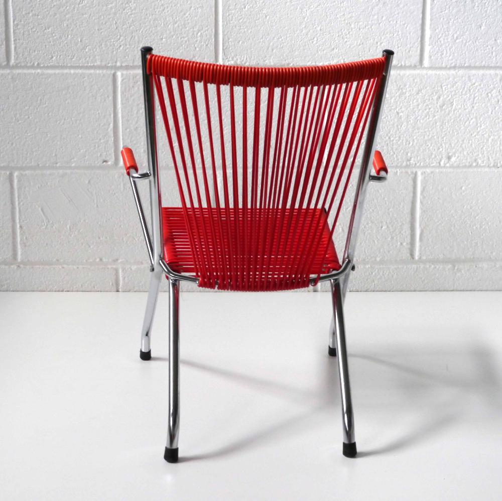 chaise enfant scoubidou rouge la