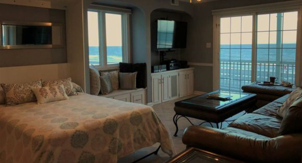South Carolina Ocean Front Beach Paradise Beautiful Recently Upgraded Fully Furnished 2 Bedroom 4 Bed 2 Bathr Oceanfront Condo Beach Paradise Surfside Beach