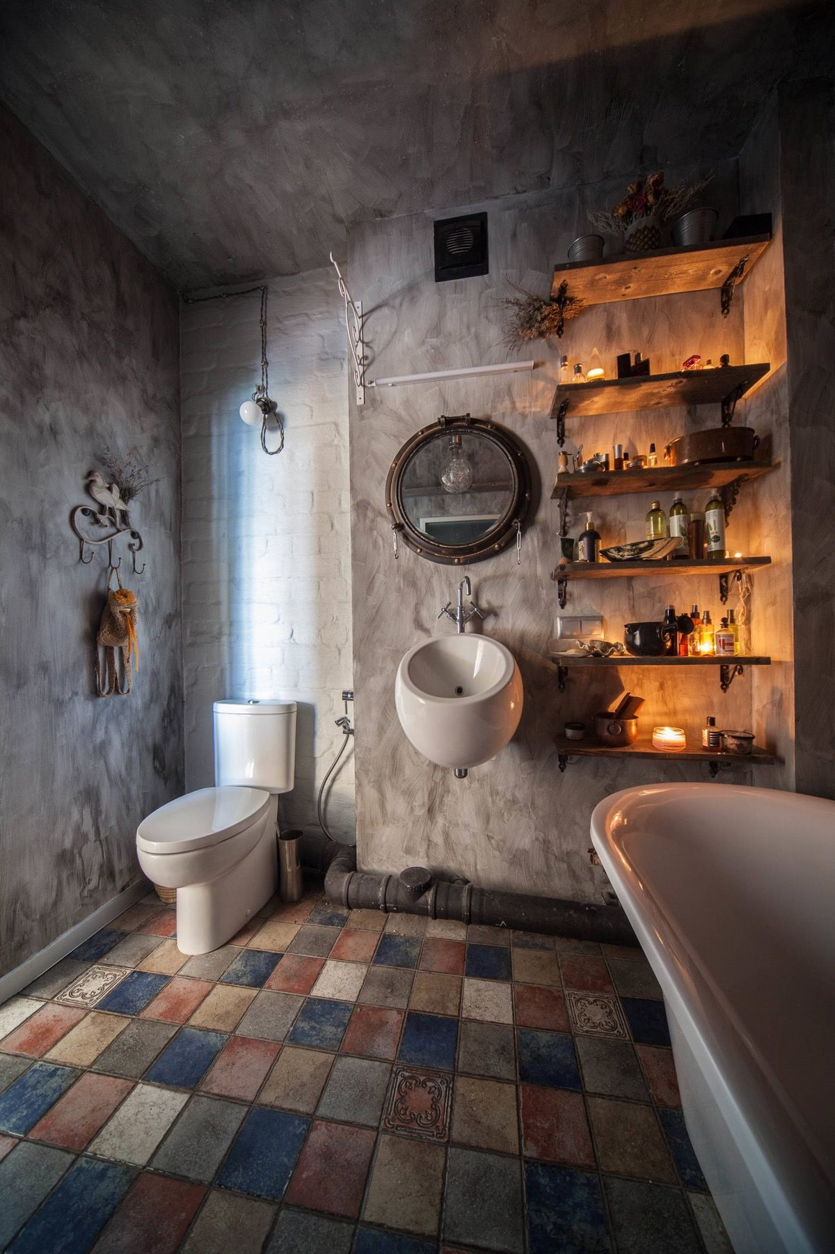 51 Industrial Style Bathrooms Plus Ideas Accessories You Can Copy From Them With Images Industrial Style Bathroom Industrial Bathroom Design Industrial Home Design