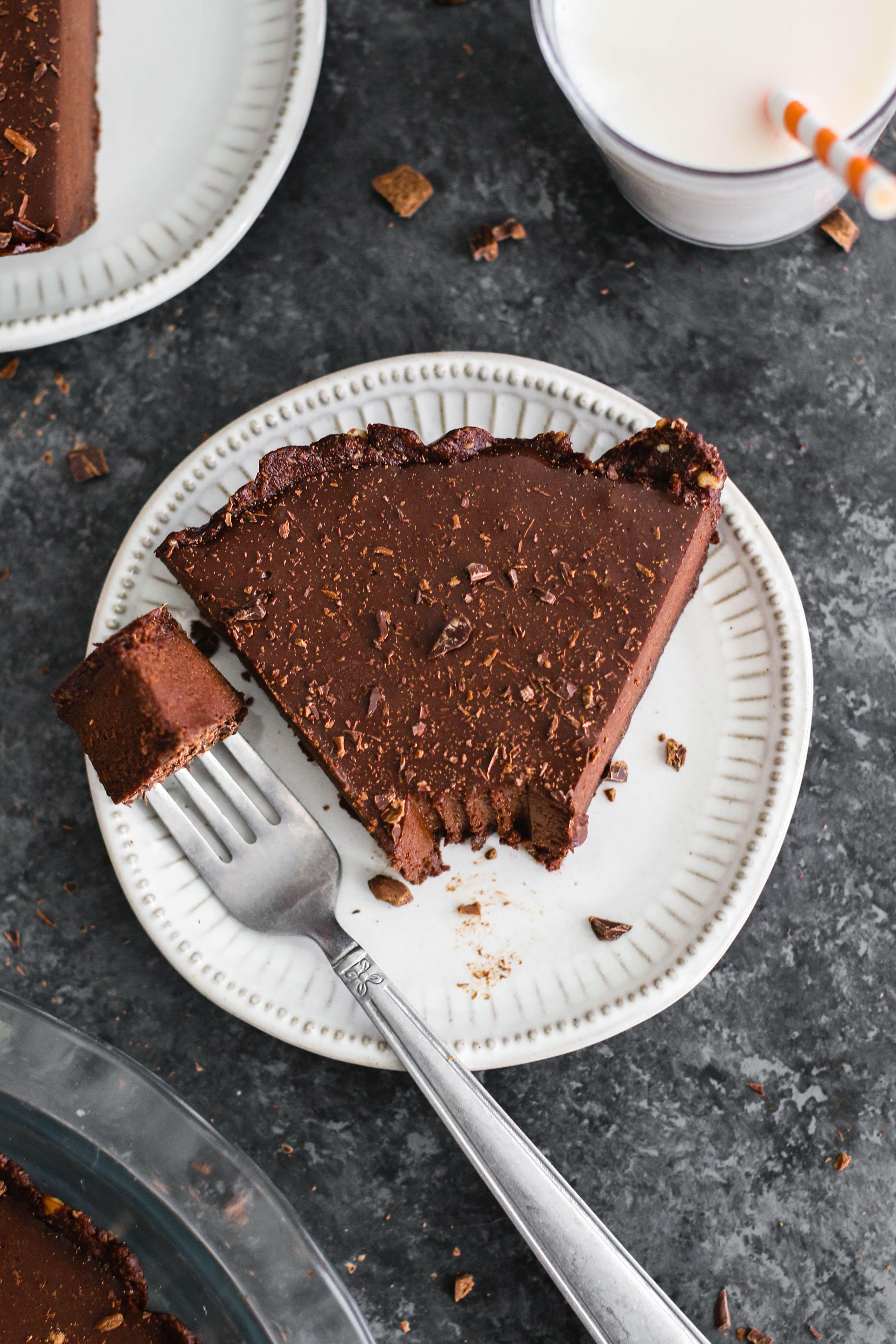 Chocolate Pie 6 Ingredient Vegan Gluten Free Flora Vino Recipe Gluten Free Chocolate Pie Dessert Recipes Delicious Desserts