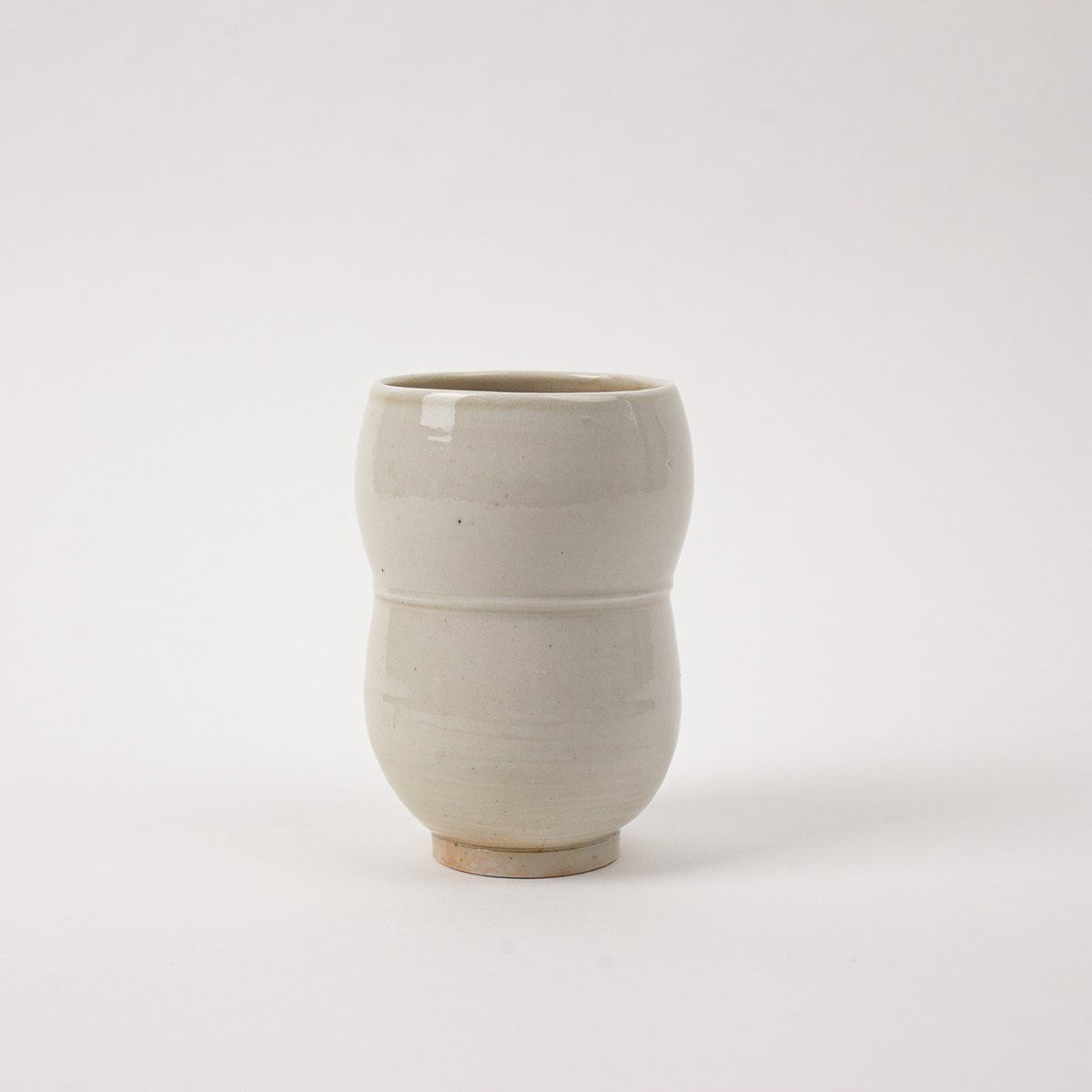 Photo of Curved Porcelain Yunomi