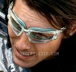8b8409b3bb The custom made Oakley Wind Jacket glasses in MI4  Ghost Protocol have a  clear frame and light blue snap-in gaskets