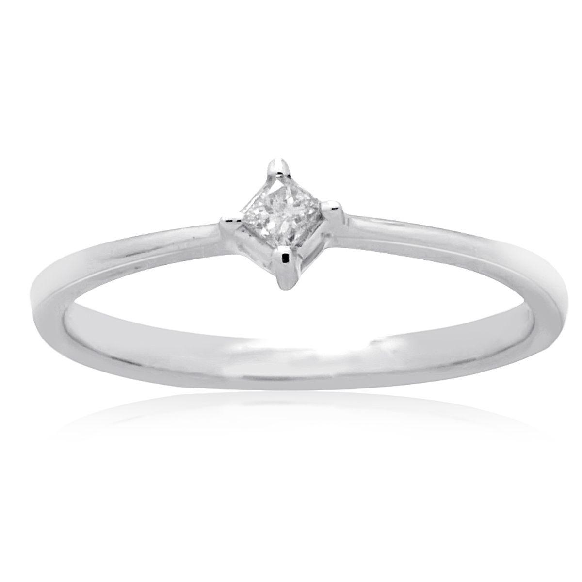 K white gold princesscut diamond accent promise solitaire ring