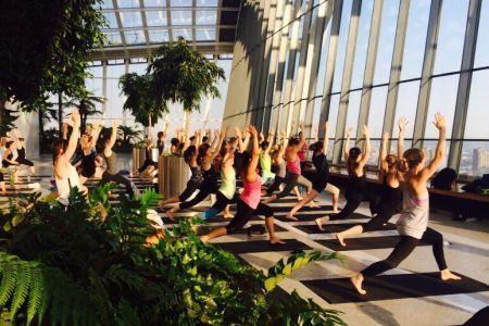 Summer S Best Morning Yoga Classes Yoga London Sunrise Yoga