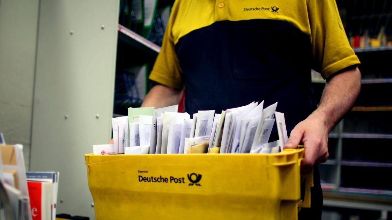 Post Kunden Schlagen Alarm Das Ratsel Um Verschwundene Briefe Und Pakete Finanztipps Entschuldigung Schreiben Porto