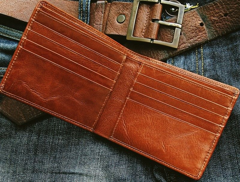 Billfold vs wallet 7 important things you should know