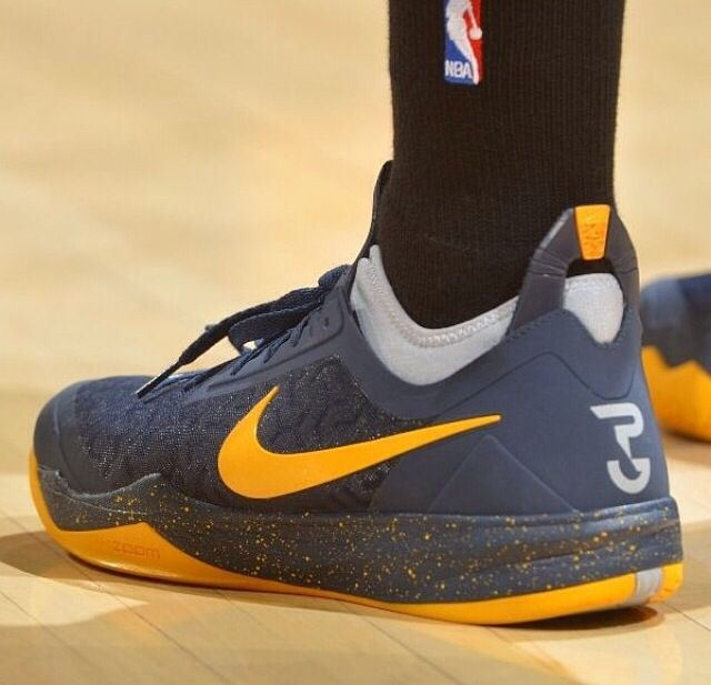 Paul George in the Nike zoom crusader